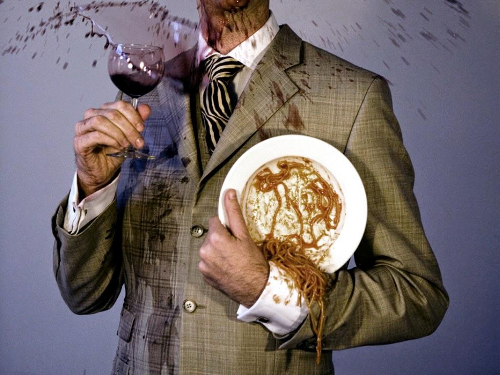 Пятна от вина и еды